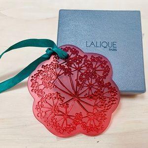 Lalique Ombelles Rouge Art Glass Ornament